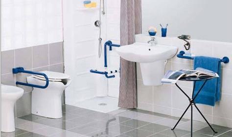 Comodo e sicuro il bagno per anziani e disabili daripa