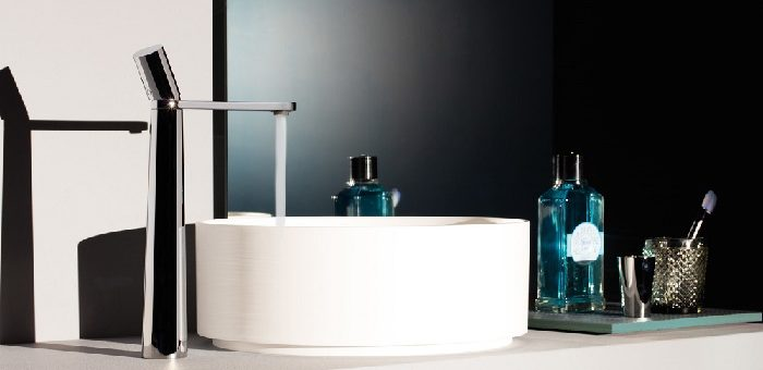 ... bagno, stili e forme, colori e materiali per sanitari, accessori